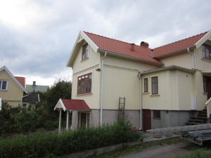 Omläggning av tak och påbyggnad av våning